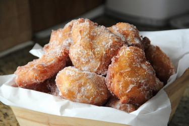 Malasadas - Portuguese Doughnuts (Photo by Cynthia Nelson)