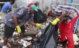 Photo shows the clean-up underway (Ministry of the Presidency photo)