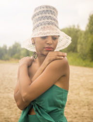 The Nina Simone-inspired hat  (Photo by Sven Vanlaer)