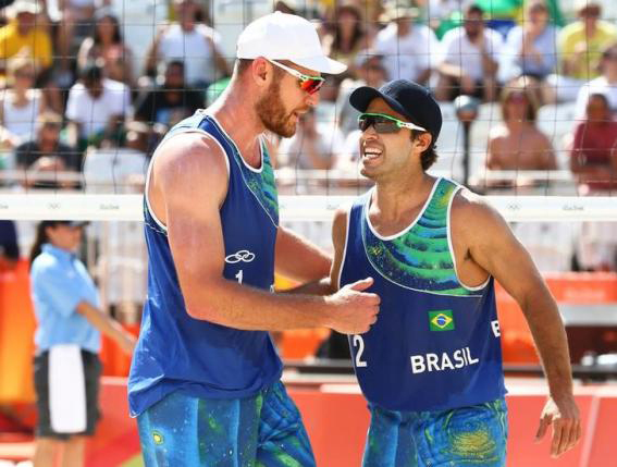 Beach Volleyball Winning Start Brazil Delights Partisan Crowd on oscar schmidt nets