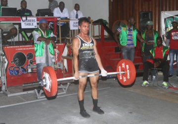 Romario Gonsalves completes a dead lift yesterday.