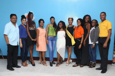 In photo: Miss Guyana Talented Teen 2016 Alia Wong (fifth from right) poses with her peers as well as executive members of The Imperial House Wasim Khan (left) and Sindamanee Khan (second, left) along with representatives of Roraima Group of Companies and Computer World Dellon Murray (right) and Onica (second right).