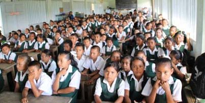 Students at the meeting at the Jawalla primary school, Region Seven (GINA photo)
