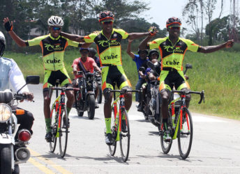 Easy as a Sunday morning! Team Coco's teammates, Mark Harris, Stephano Husbands and Hamza Eastman cruising across the line to finish 1,2,3 in yesterday's Victor Macedo Memorial road race.