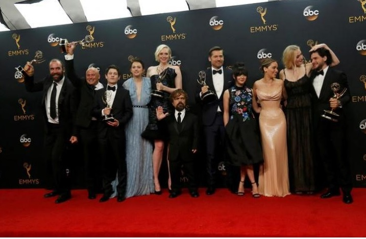 The cast of HBO's 'Game of Thrones' pose backstage with their award for Outstanding Drama Series at the 68th Primetime Emmy Awards in Los Angeles, California U.S., September 18, 2016. REUTERS/Mario Anzuoni