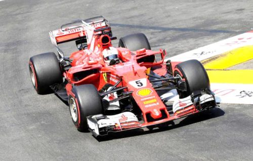 Hamilton: Ferrari is favouring Vettel