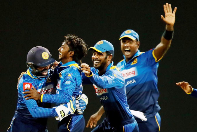 India crushes Sri Lanka by 9 wickets in 1st ODI