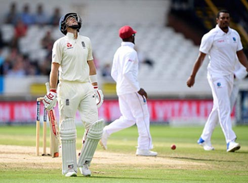Joe Root reacts in frustration after being dismissed by Shannon Gabriel on the fourth day of the second Test