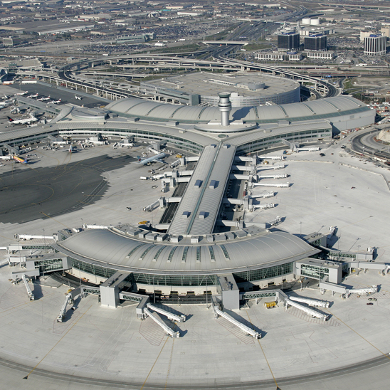 Toronto Pearson International Airport: Airliners Collide At Toronto's Pearson Airport, Passengers
