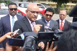 Bharrat Jagdeo speaking to the media shortly after his interview with SOCU investigators.