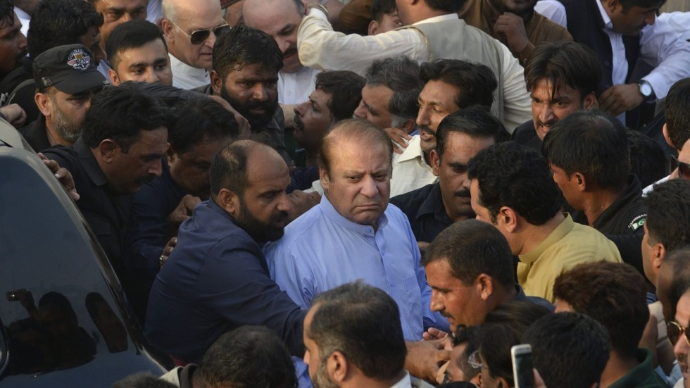 Pakistan court orders release of ex-PM Nawaz Sharif, daughter