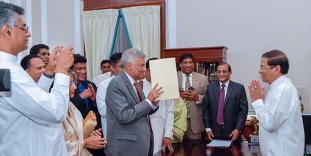 Mahinda Rajapaksa resigns as Sri Lanka`s PM, Wickremesinghe to be reinstated