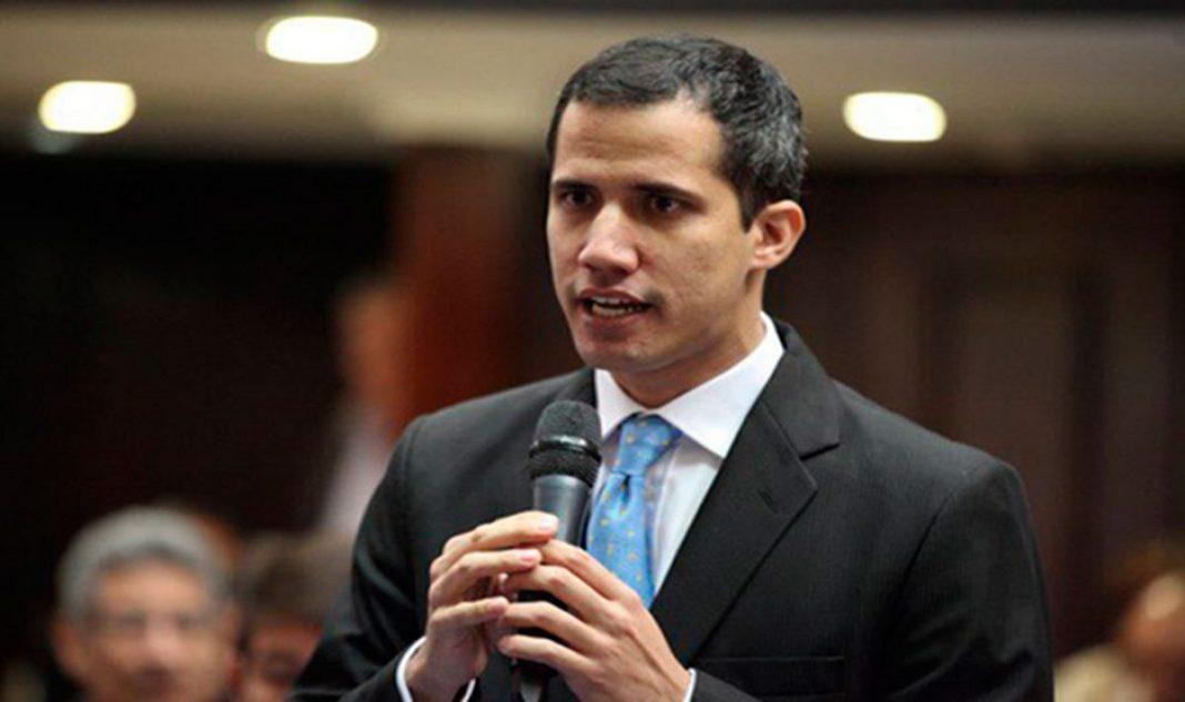 Juan Guaido calls on military to allow aid into Venezuela