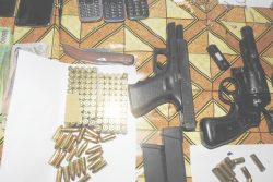 The guns and ammunition recovered (Police photo)