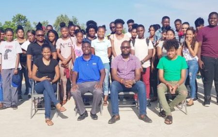 The new batch of students with team members of the Kildonan Night School. (DPI photo)