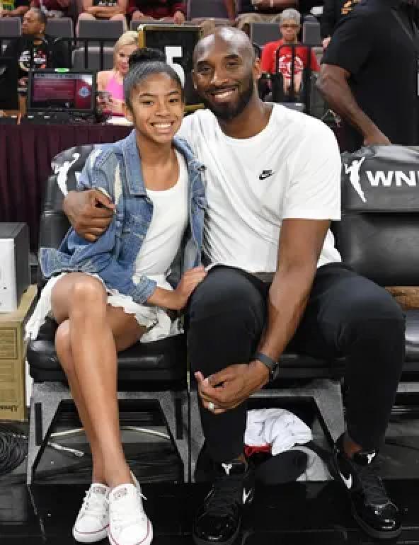 Kobe, daughter die in helicopter crash - —Black Mamba's death stuns sports world