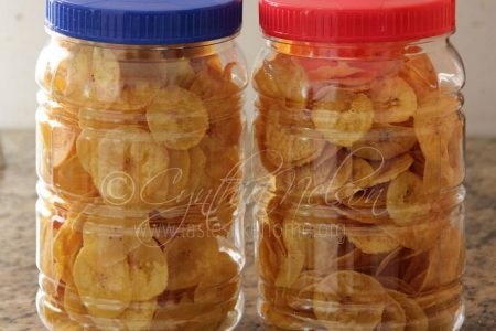 Store cooled chips in airtight containers Photo by Cynthia Nelson