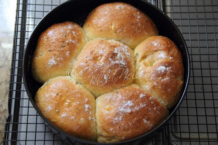 Keep baking - Sweet Aniseed Rolls (Photo by Cynthia Nelson)
