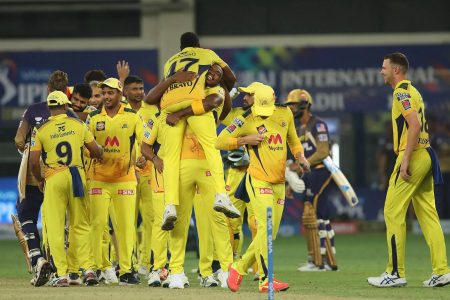 Chennai Super Kings celebrate their win in  the final of the Vivo Indian Premier League 2021 against the Kolkata Knight Riders at the Dubai International Stadium in the United Arab Emirates yesterday. Photo by Ron Gaunt / Sportzpics for IPL
